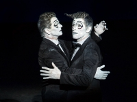 Mikhail Baryshnikov, Willem Dafoe - The Old Woman